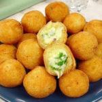 bolinha-queijo-ervas.jpg