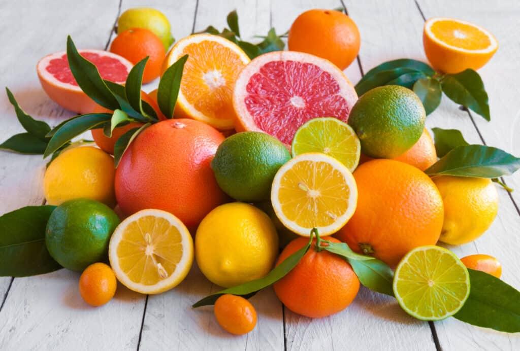 Frutas cítricas alimentos que fortalecem o sistema imunológico