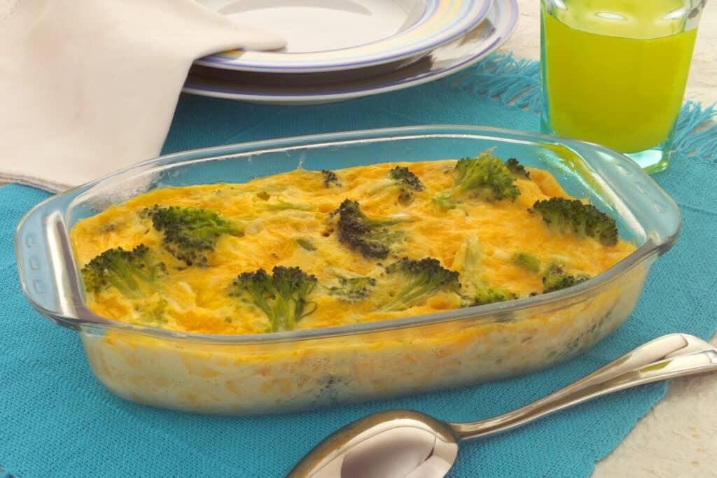 Torta de queijo com brócolis