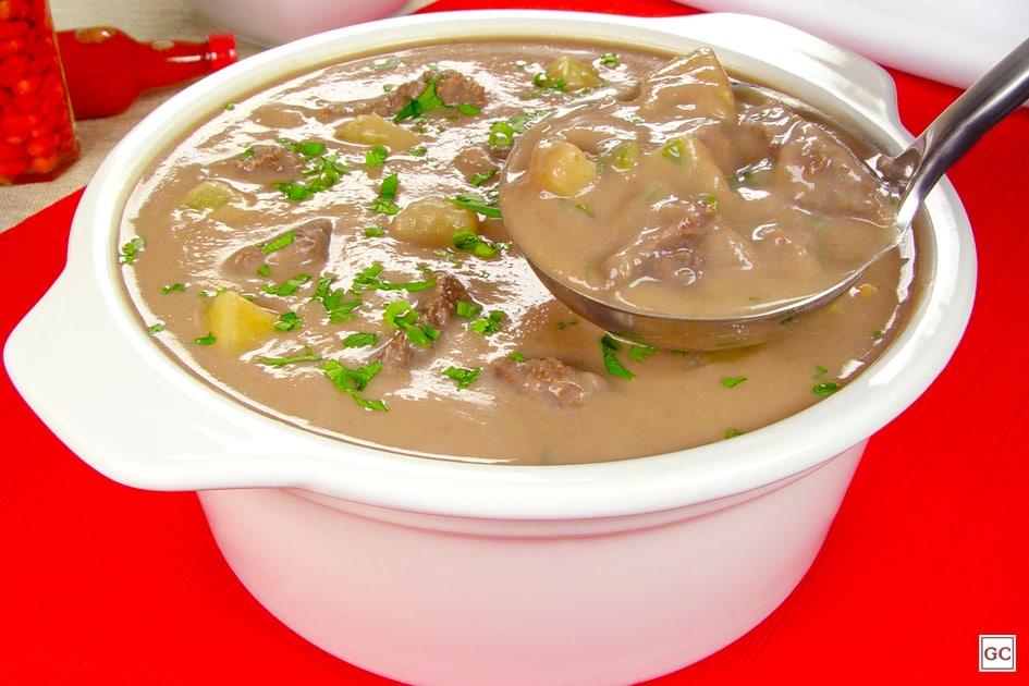 Receitas para dias frios caldo de feijão cremoso
