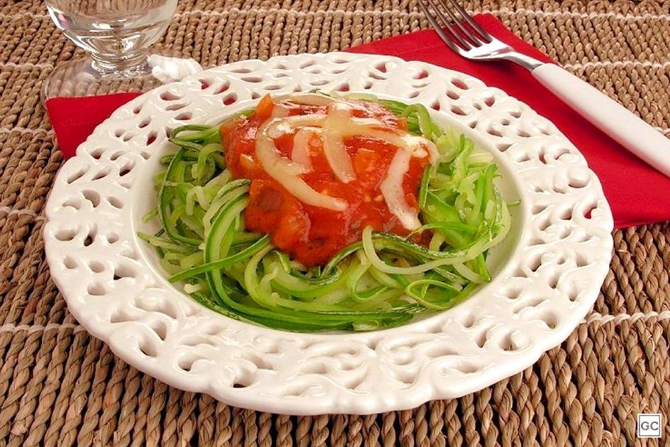 receitas saudáveis com abobrinha - espaguete de abobrinha
