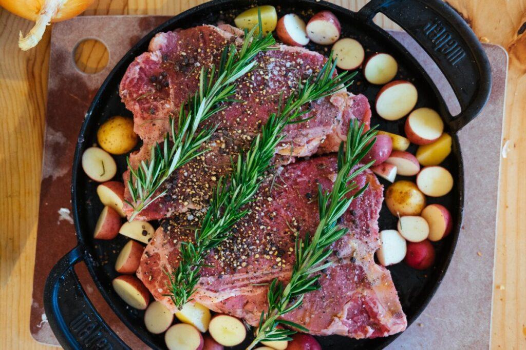 como fazer carne no forno