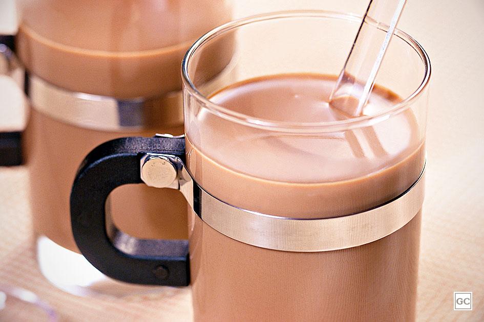receitas rápidas de chocolate quente