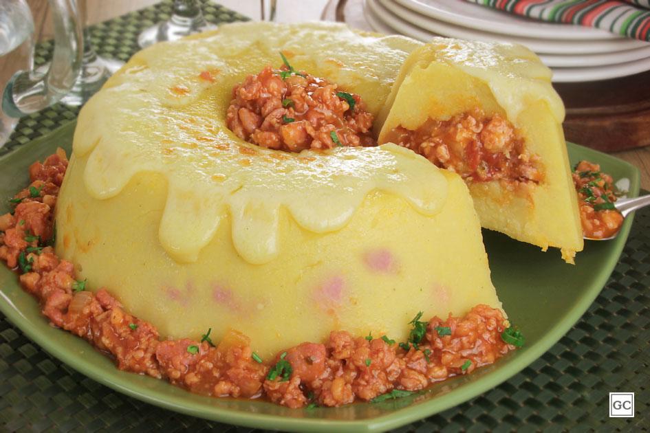 pratos elaborados com linguiça